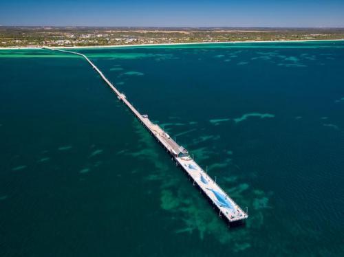 Busselton Jetty<br>Credit: Tourism Western Australia & @ospreycreative