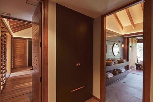 Bathroom and Closet