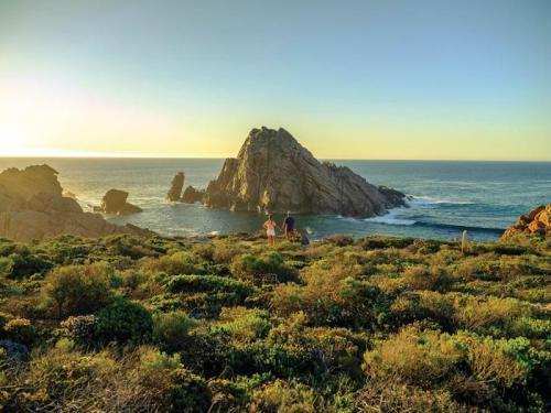 Dunsborough - sugarloaf rock