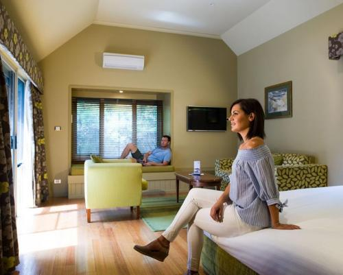 Freycinet Lodge - One Room Cabin