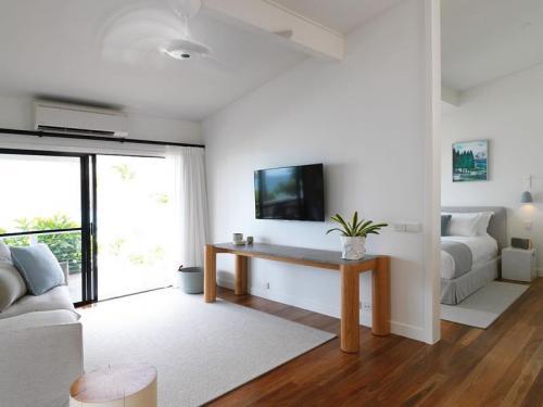 Gardenview Suite