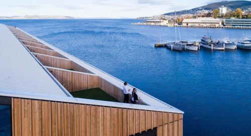 MACq01 - Premium Waterfront Suite