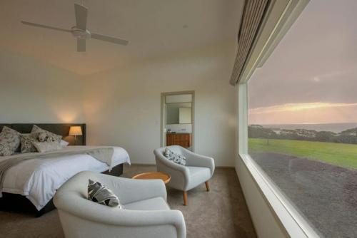Oceanview Eco Villas - Bedroom with a view