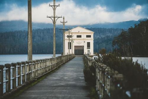 Pumphouse Point - Lake St. Clair