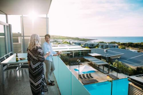 Smiths Beach Resort 3 Bedroom Ocean View Villa